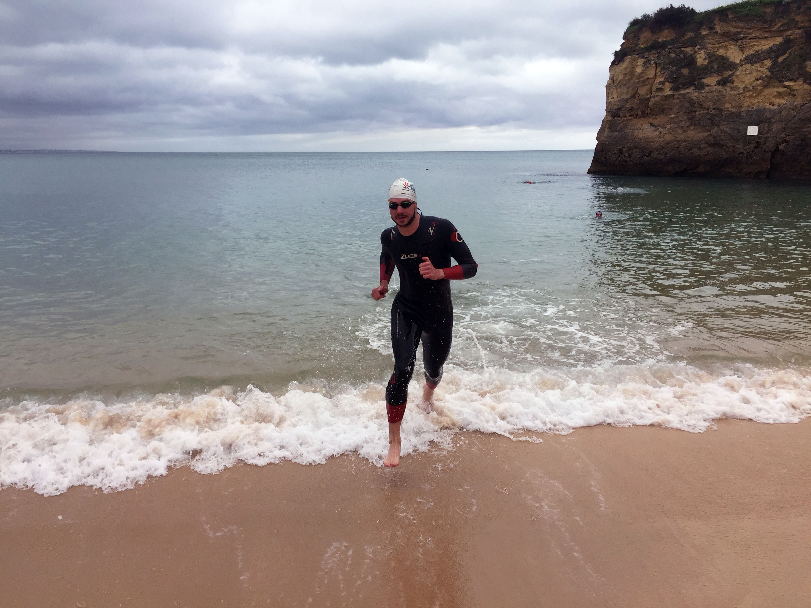 Open water swim technique on the Embrace Sports triathlon holiday